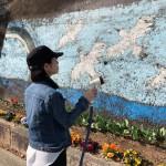 備前市にて、壁絵修繕作業