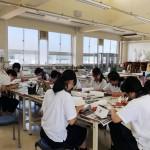 芳泉高校さんにて、チョークアート教室開催